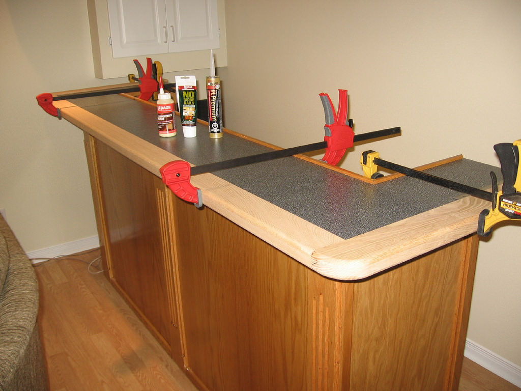 How to build a simple wood bar in 16 easy steps home for How to build a bar top